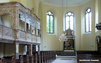 Photo: Dorfkirche Ivenack bei Stavenhagen