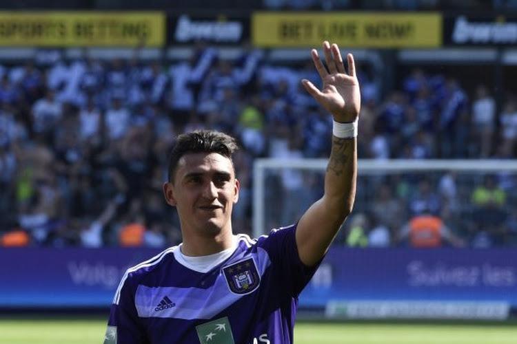 Les supporters très heureux du retour de Matias Suarez à Belgrano