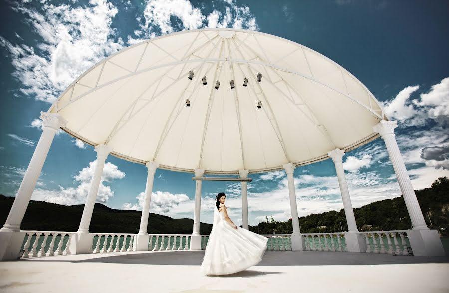 Wedding photographer Oleg Mayer (mayer). Photo of 18.06.2015