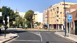 Rotonda de la calle Isntinción.