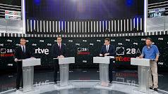 Los cuatro candidatos, anoche en el debate.