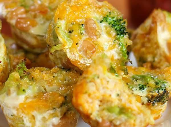 Broccoli And Cheese Quinoa Power Bites Recipe