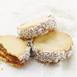 Alfajores (Dulce de Leche Sandwich Cookies).
