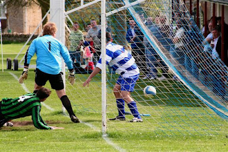 Photo: 26/04/08 v Rover Cowley (OSLP) 1-2 - contributed by Paul Roth