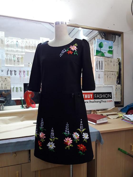Váy thêu hoa ruy băng dáng váy suông V369 thời trang thủy