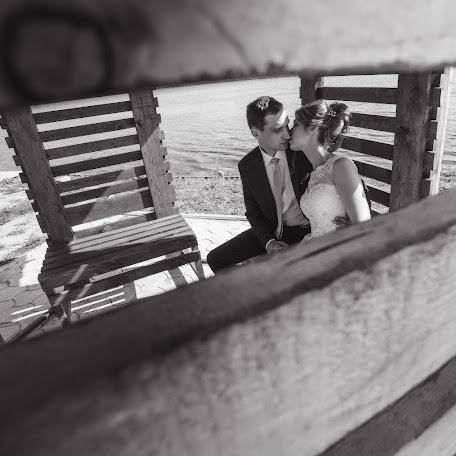 Wedding photographer Evgeniy Tyuftin (johnivanych). Photo of 16.02.2018
