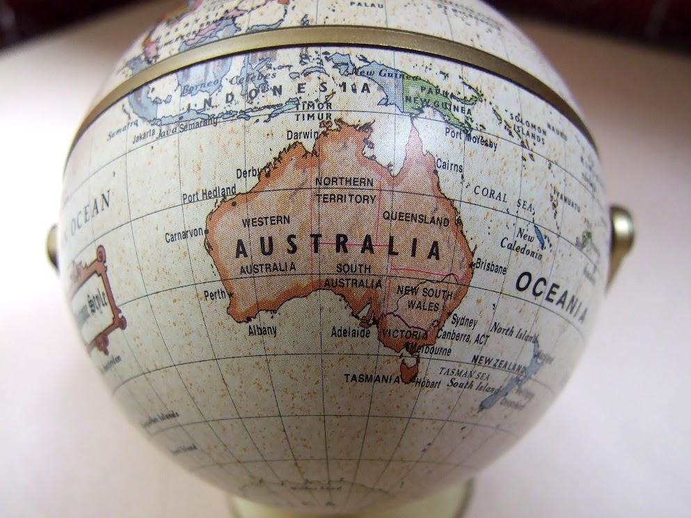 Australia and NZ - Photo credit © Adrian van Leen for openphoto.net
