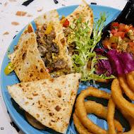 斑馬騷莎美義餐廳 Zebra Salsa Dining Bar(高雄文山店)