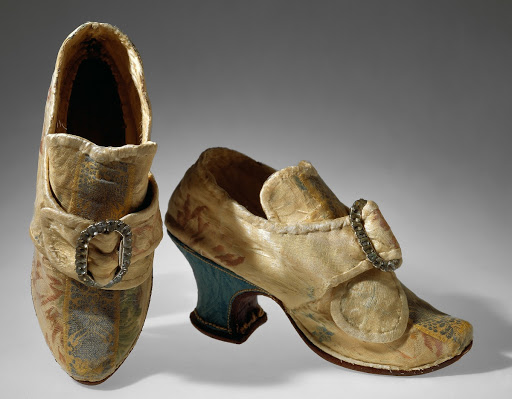 17th century silk shoes