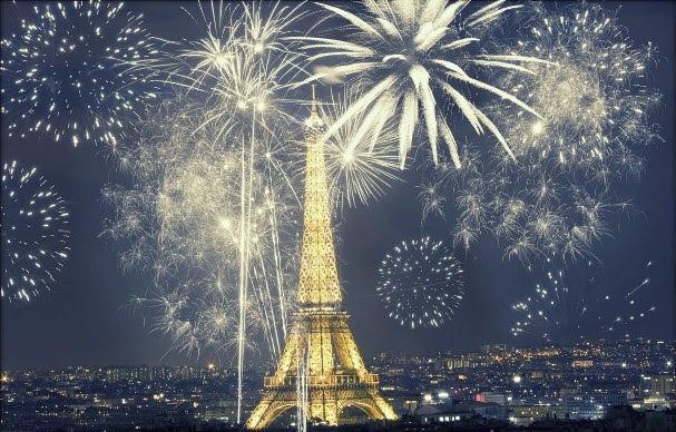Réveillon em Paris, França