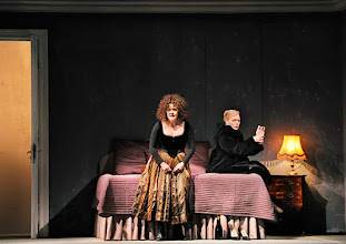 Photo: Theater an der Wien: La mère coupable Oper in drei Akten von Darius Milhaud . Premiere am 8.5.2015. Angelika Kirchschlager, Mireille Delunsch. Copyright: Barbara Zeininger