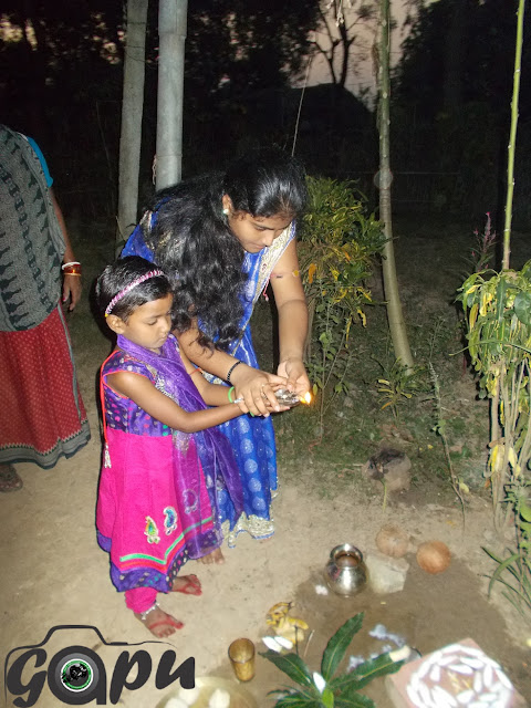 Odisha Girls worshiping Moon on the evening of Kumara Purnima