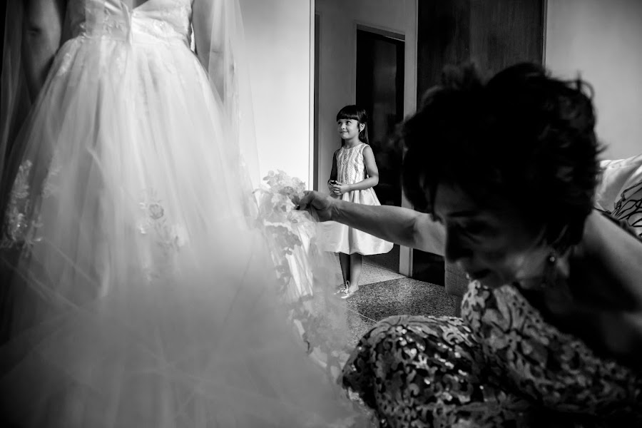 Wedding photographer Leonel Longa (leonellonga). Photo of 22.04.2019