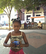 Photo: cuban girl learns to take pictures. Tracey Eaton photo