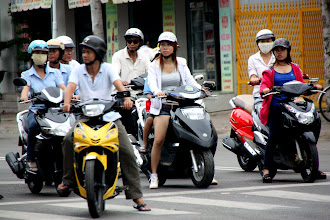 Photo: Year 2 Day 23 - Watching the Red Light in Phan Thiet  City