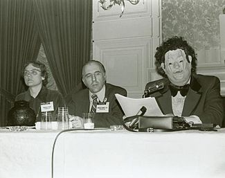 Barbara_Gittings,_Frank_Kameny,_and_John_Fryer_in_disguise_as_-Dr._H._Anonymous-.jpg