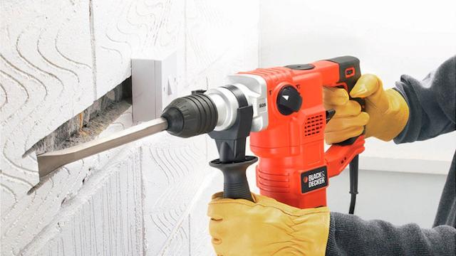 Bạn nên chọn mua máy đục bê tông có công suất dựa theo vật liệu cần phá vỡ