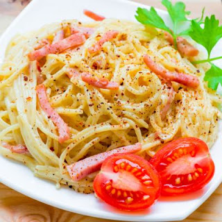 In-A-Hurry Ham And Alfredo Linguine.