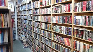 Photo: used books 30033