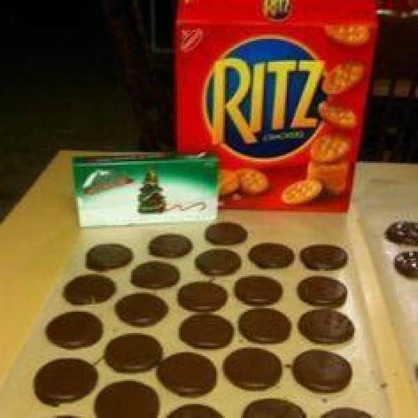 Homemade Christmas Thin Mints