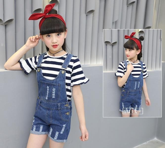 spodnie ogrodniczki jeansowe z dziurami dla dziewczynki15
