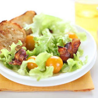 BLT Salad with Bacon Vinaigrette
