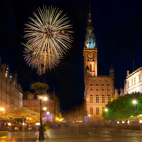 New Year's Eve in Gdansk by Marcin Frąckiewicz - Public Holidays New Year's Eve ( gdansk, fireworks, night )