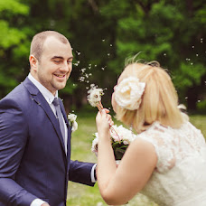 Wedding photographer Yuliya Borschevskaya (Yulka27). Photo of 05.08.2014