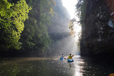 Full-Day Sea Kayaking Adventure in Ao Thalane Bay from Krabi