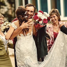 Wedding photographer Nikolay Valyaev (nikvval). Photo of 13.09.2016
