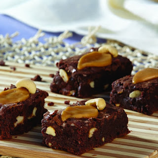 Sweet and Salty Caramel Cashew Brownies