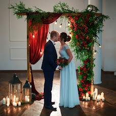 Wedding photographer Anton Kupriyanov (kupriyanov). Photo of 15.01.2018