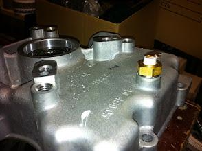 Photo: perçage/taraudage et installation sonde de T°C huile