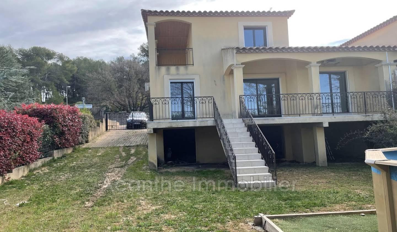 Villa with pool and terrace Prades-le-Lez