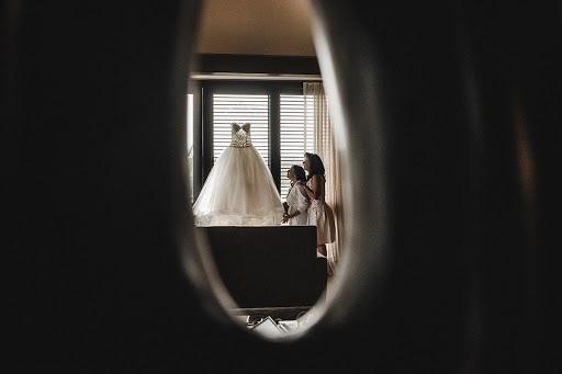 Wedding photographer Víctor Martí (victormarti). Photo of 06.10.2015
