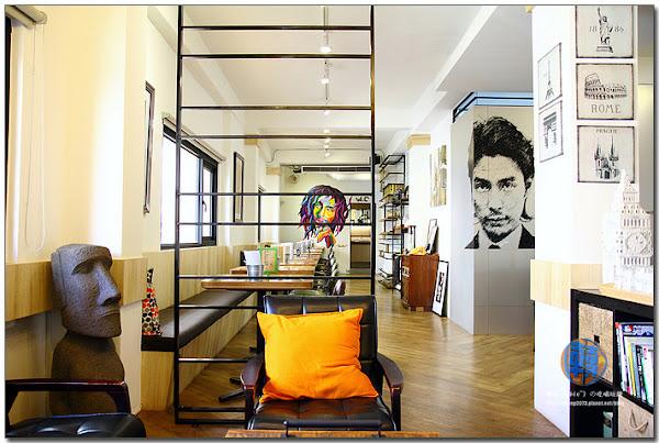 餐食多元,空間明亮,人物彩繪牆吸睛Zone Café 弄咖啡 Pasta~