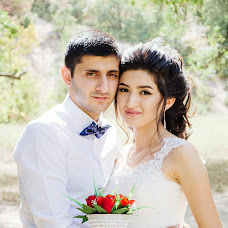 Wedding photographer Oksana Gnennaya (dp190192goi). Photo of 02.10.2018