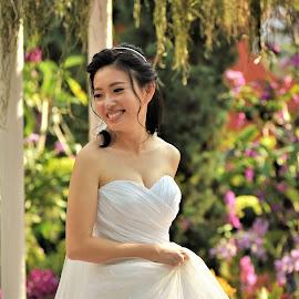 by Koh Chip Whye - Wedding Bride (  )