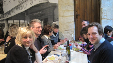 Photo: Joelle Seisson, Jean-Jacques Chevalier, Danielle André, Sandra André, Christian André, Jenlyn André, David Price  --- Photo: Joelle Seisson
