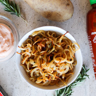 Spiralized French Fries with Creamy Sriracha Dip.