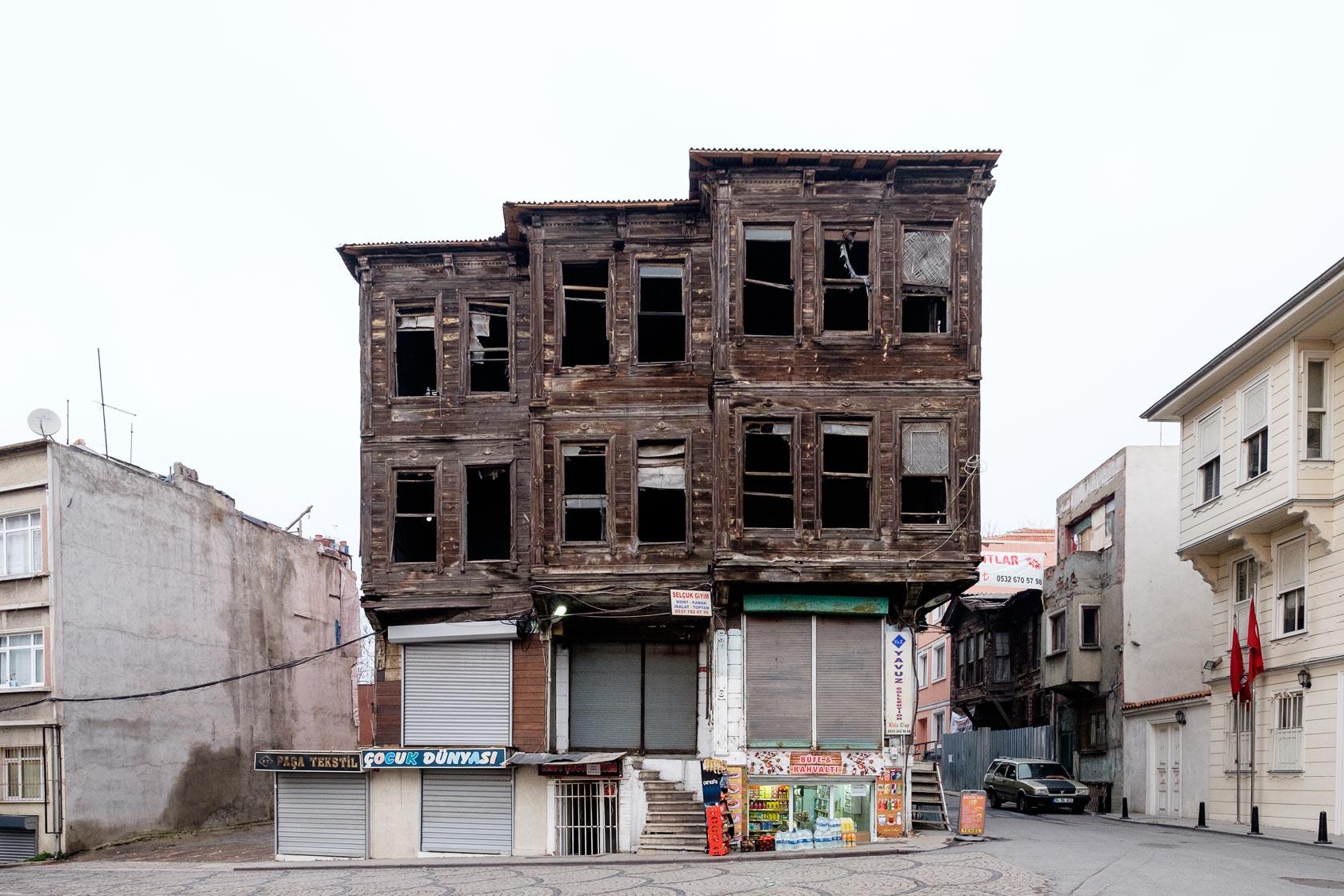 Decaying Ottoman House, Istanbul, Turkey
