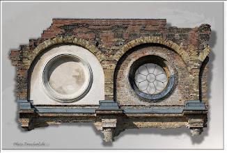 Foto: 2011 12 29 - P 144 D - ein Fenster offen
