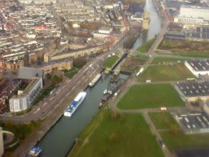 Photo: met molen De Nolet op de achtergrond