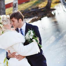 Wedding photographer Anastasiya Karaleva (karaleva90). Photo of 11.04.2013