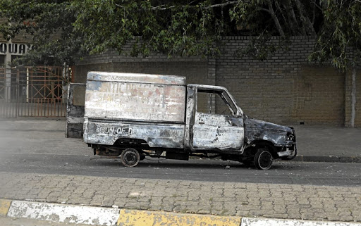 A vehicle was burnt following the drowning of Mosa Mbele.