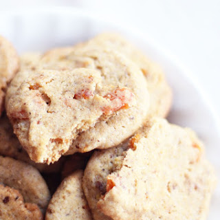 Apricot Cookies (Whole-wheat + Eggless)