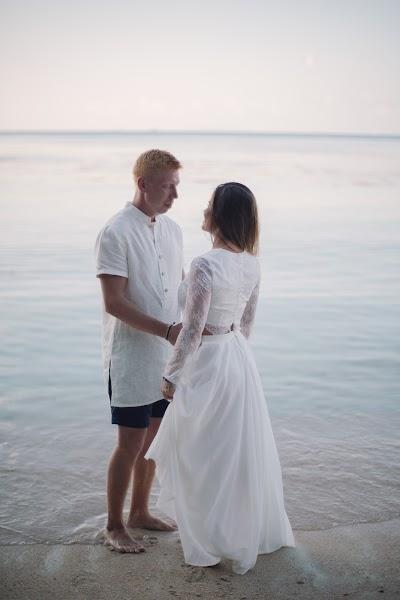Wedding photographer Nastya Ladyzhenskaya (Ladyzhenskaya). Photo of 05.02.2016