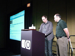 "Photo: Chris ""PHP"" Chabot and Chris ""Java"" Schalk explaining how to build and install Shindig"