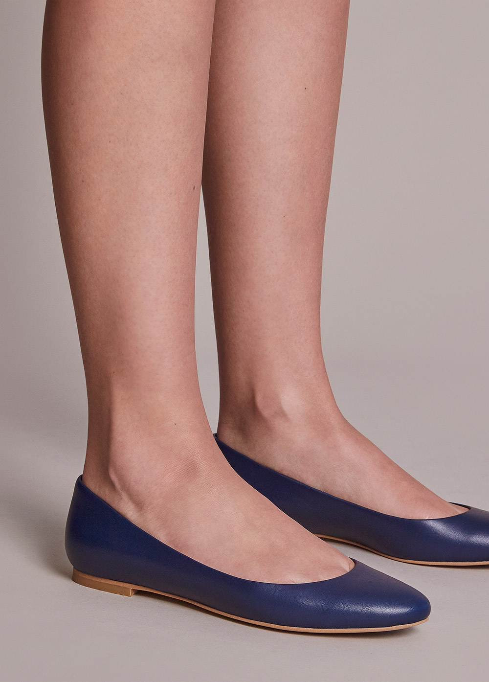 Ballet flats and pointed toe flats