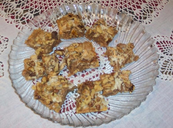 Coconut Cinnamon Nut- Cookie Squares Recipe